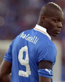 balotelli italy euro 2012 mad mental crazy