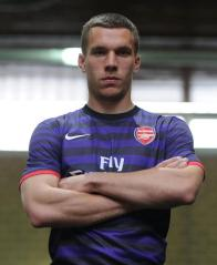 podolski lucas arsenal german striker
